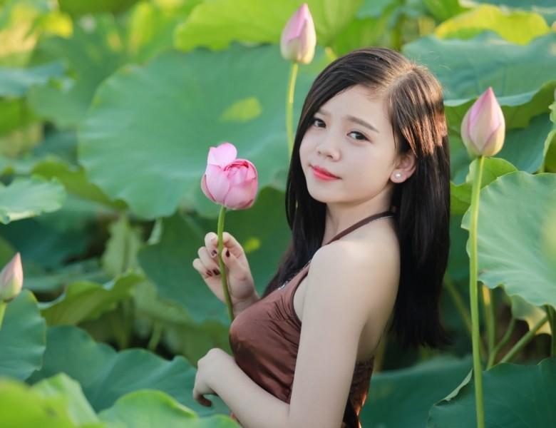 Cách dùng 5 loài hoa quen thuộc giúp da sáng mịn