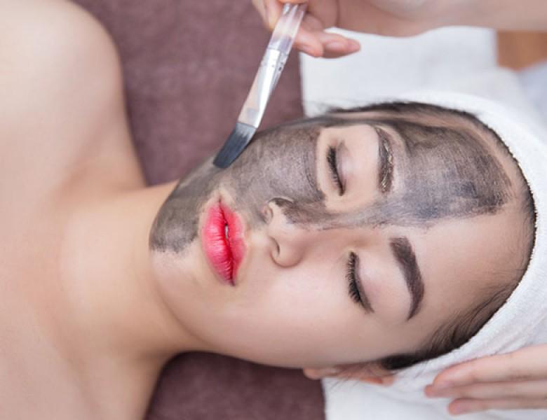 Than hoạt tính và các tác dụng đặc biệt đối với việc làm trắng và trẻ hóa làn da