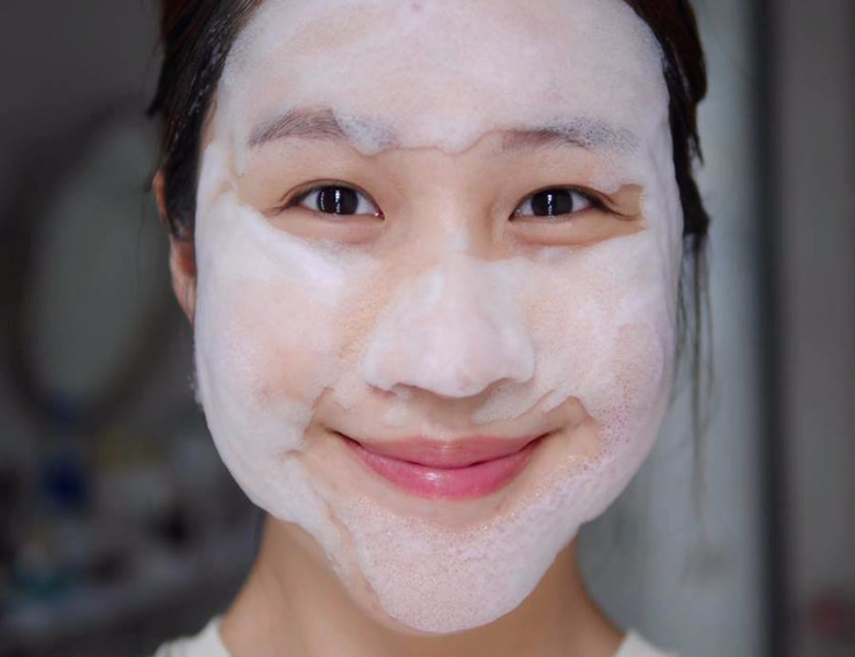 Detox BlanC trị mụn trắng da mặt có thực sự tốt không? Review công dụng sản phẩm chính hãng