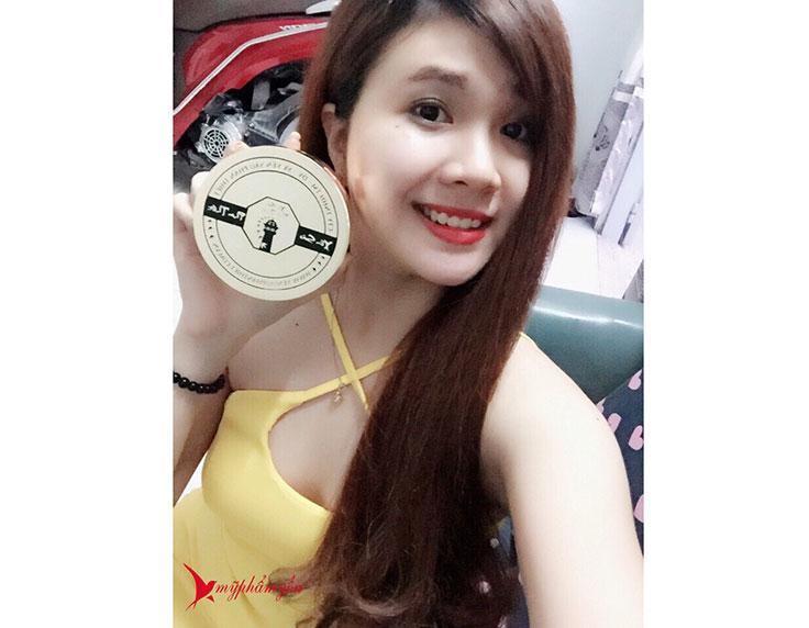 Trang dùng kem tắm ủdưỡng trắng body yến sào Be-Y